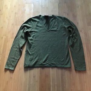 Sweaters - Holt Renfrew merino wool olive sweater